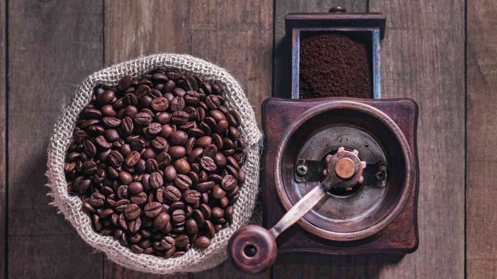 How to Grind Coffee Beans for French Press